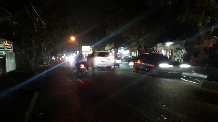 Lalu Lintas Kendaraan di Jalan Karadenan Cibinong Bogor, Malam Ini Ramai Lancar