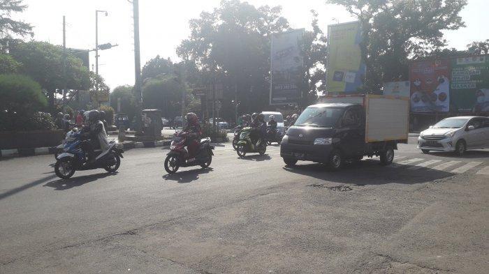 Lalu Lintas Kendaraan di Simpang CCM Bogor Tanggal 1 Juli, Pagi Ini Masih Ramai Lancar