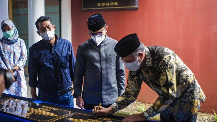 Resmikan Asrama Mahasiswa Aceh, Gubernur Nova Iriansyah Sebut Tidak Ada 'Superman' Dalam Pembangunan