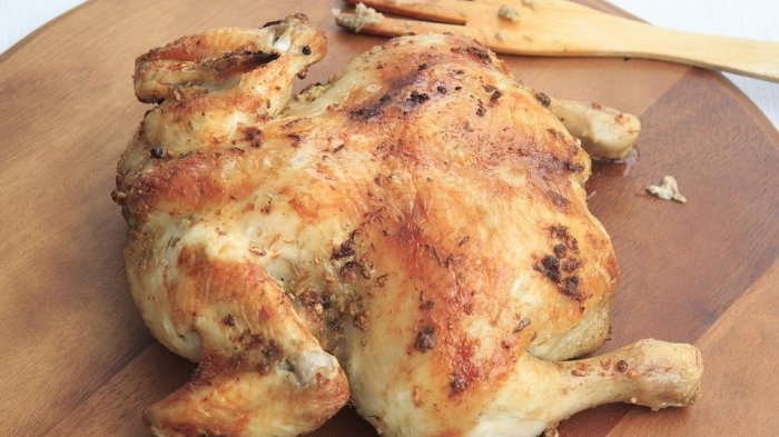 Benarkah Kulit Ayam Tidak Sehat untuk Dikonsumsi? Ini Penjelasannya