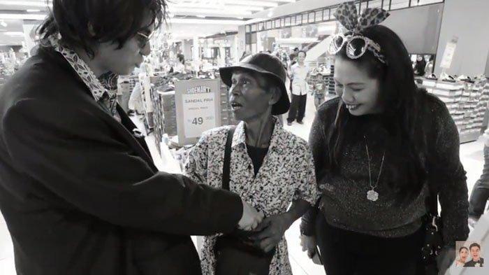 Bareng 'Marshanda', Baim Wong Ajak Pemulung Belanja di Mall : Kalau Nggak Malu Sudah Pingsan Saya