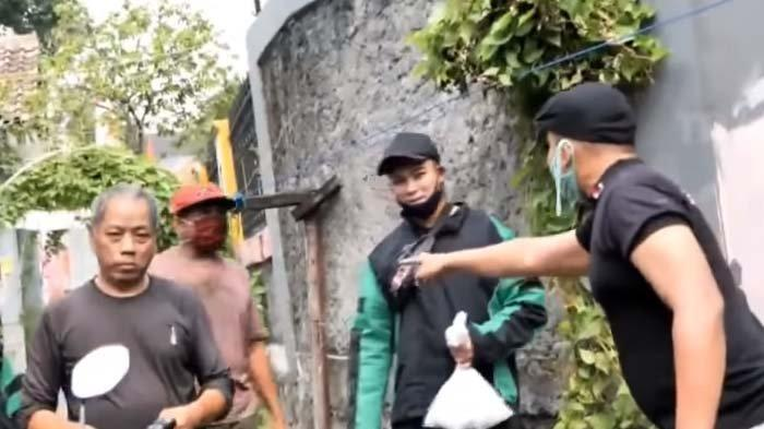 Karyawannya 'Dikeroyok' Pak RT dan Warga Gara-gara Ini, Baim Wong Pasang Badan: Siapa yang Marahin?