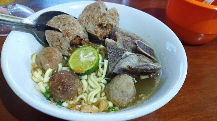 3 Tempat Makan Bakso Iga di Bogor, Mana Juara Kamu?