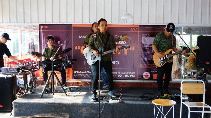 Luncurkan Single Pertama, Band Bogor Superhero Tampil Memukau Di D'Colonel Bogor