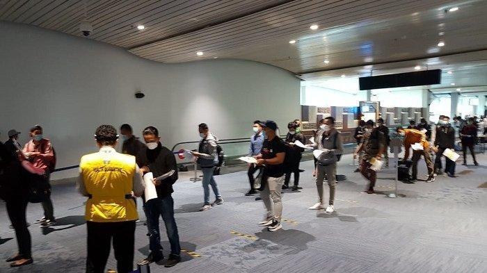 Kronologi 11 Penumpang di Soekarno Hatta Positif Covid-19, Sebelumnya Kondisi Bandara Membeludak