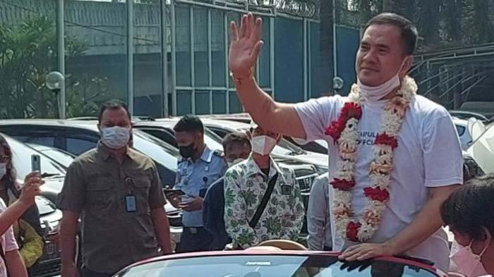 Disambut Bak Pahlawan, Aksi Saipul Jamil Usai Bebas Penjara Tuai Sindiran, Pakar Hukum  Ikut Geram