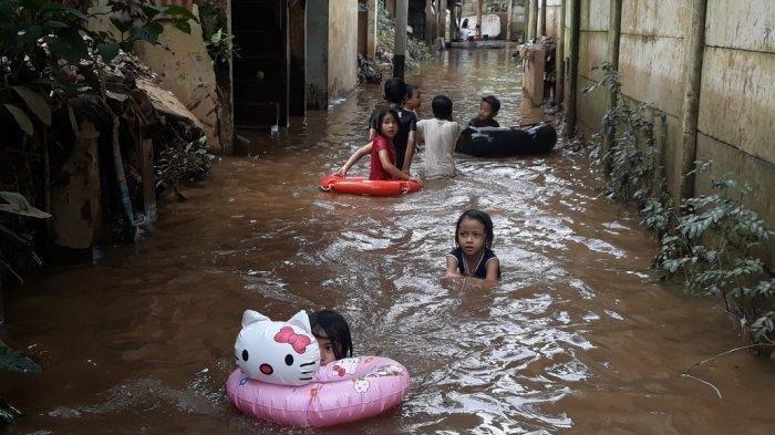 Jakarta Banjir Hari Ini, Tinggi Air di Jakarta Pusat Sampai 110 cm