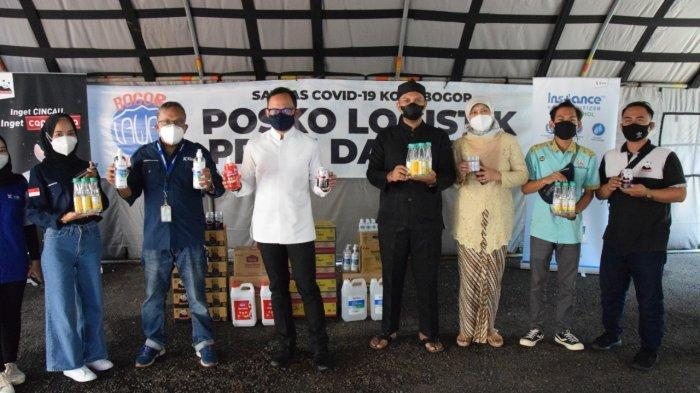 Terima Bantuan di Posko Logistik PPKM, Bima Arya : Akan Kita Akselerasikan dengan Vaksinasi