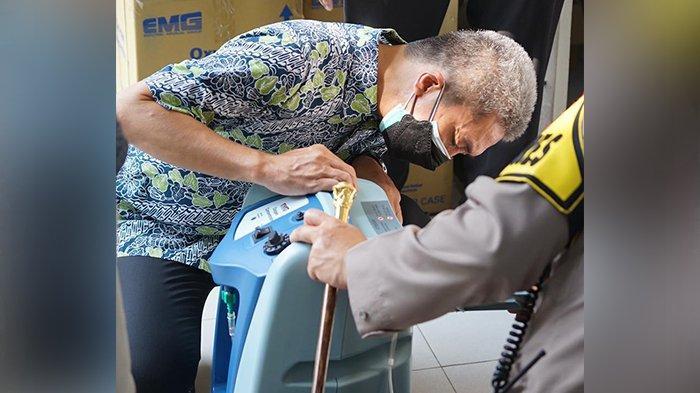 Wakil Wali Kota Bogor, Dedie A Rachim - Kota Bogor mendapatkan bantuan sebanyak 20 unit Oxygen Concentrator dari Badan Nasional Penanggulangan Bencana (BNPB) sebagai pengganti oksigen tabung untuk pasien Covid-19 yang membutuhkan.