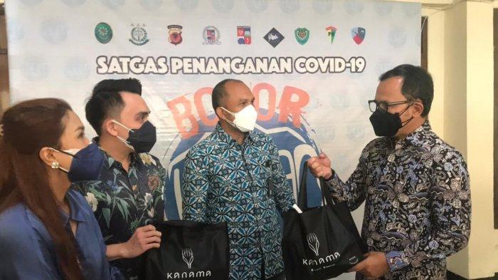 Ribuan Paket Sembako Terus Mengalir ke Kota Bogor, Bima Arya Belum Bisa Prediksi Kapan PPKM Berakhir