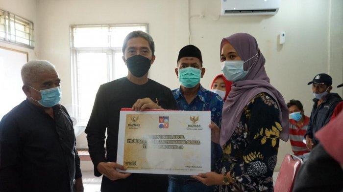 Alhamdulilah, Pelaku UKM Takjil di Bojongkerta Terima Bantuan Usaha