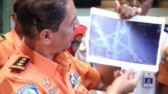 Selain Badan Kapal, Basarnas Juga Temukan Jasad Penumpang KM Sinar Bangun
