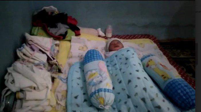 BREAKING NEWS - Warga Bogor Temukan Bayi Perempuan di Bawah Jemuran Baju, Menangis saat Ditolong
