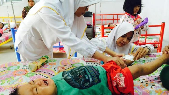 Subhanallah, Bayi Ini Seumur Hidupnya Harus Transfusi Darah