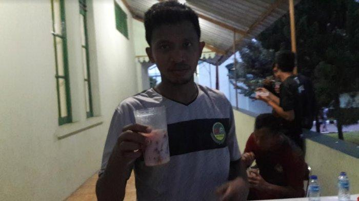 Tak Ada Pertandingan, Pemain Belakang PS Tira Persikabo Pilih Main Futsal di Kampung Halaman