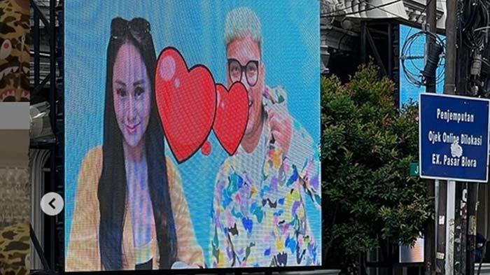 Benci Tapi Cinta, Denise Cadel Kepergok Kirim Pesan Bertanda Love, Uya Kuya: Sorry Gw Punya Keluarga