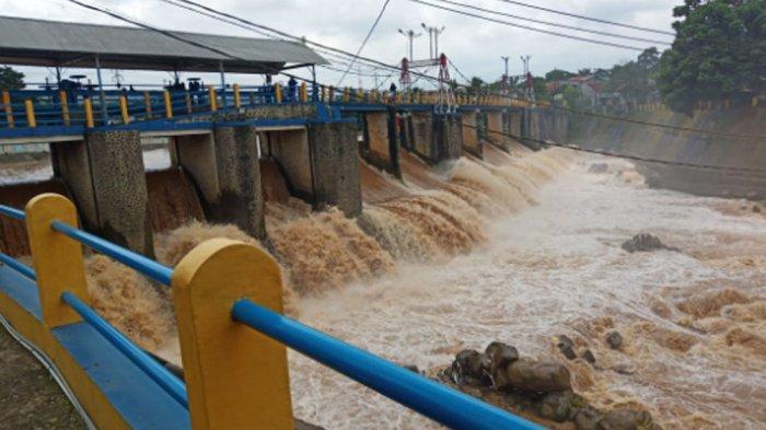 UPDATE TERKINI - Tinggi Muka Air Bendung Katulampa Turun, Status Menjadi Siaga 4