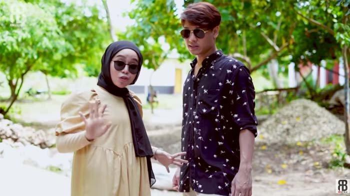 Dikabarkan Menikah Bulan Mei, Rizky Billar dan Lesty Sudah Sebar Undangan? Ini Pengakuan Sahabat
