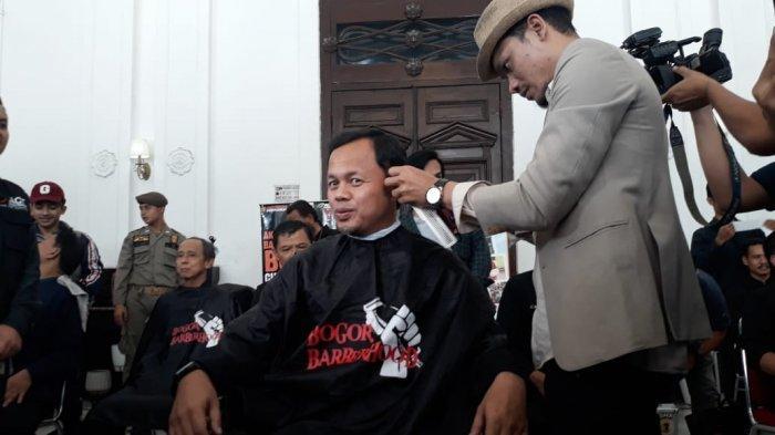 Cukur Rambut di Acara Amal, Bima Arya Berharap Tambah Ganteng
