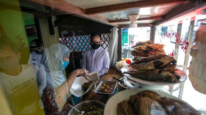 Bima Arya Minta ASN Kota Bogor Sisihkan Gaji, Borong Makanan dan Bagikan Kepada Warga Terdampak