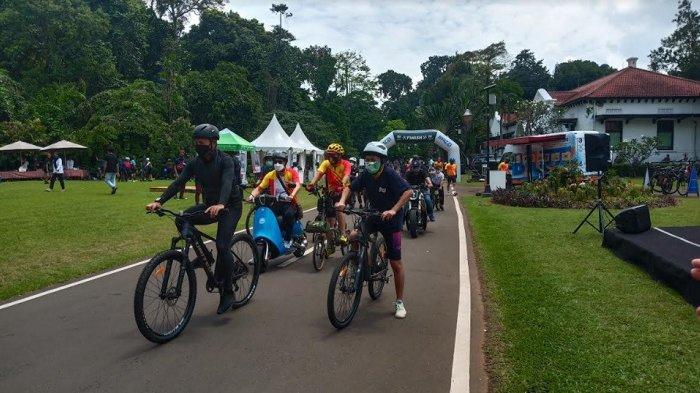 Fun Bike 75 KM, Bima Arya Ikut Sepedahan Keliling Kebun Raya Bogor