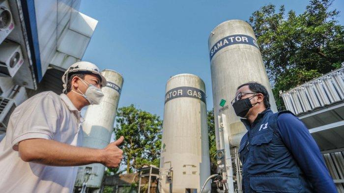 Bima Arya saat meninjau tiga titik stasiun pengisian (filling station) oksigen, Jumat (16/7/2021).