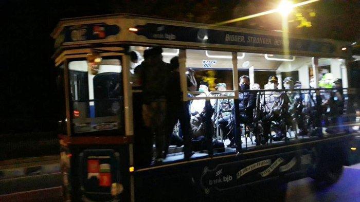 Pantau Keramaian Takbiran di Kota Bogor Saat PSBB, Bima Arya Keliling Naik Bus Uncal