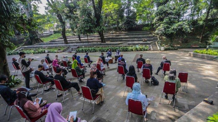 Pemkot Bogor juga terus membuka jalur kolaborasi pemenuhan kebutuhan oksigen, seperti yang sudah dilakukan dengan Krakatau Steel.