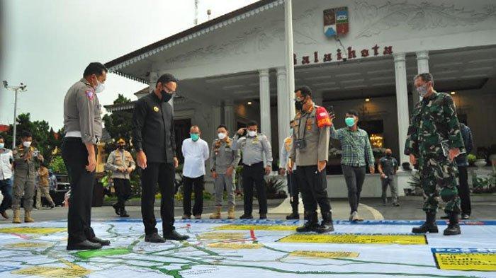 Bima Arya saat kordinasi teknis pelaksanaan ganjil genap di Balaikota Bogor, Jumat (5/2/2021).