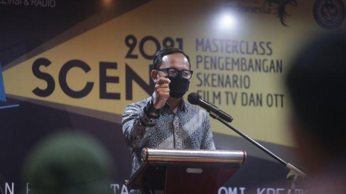Wali Kota Bogor Bima Arya membuka Inkubasi SCENE (Masterclass Pengembangan Skenario Film TV dan OTT) 2021 yang digelar Kementerian Pariwisata dan Ekonomi Kreatif (Kemenparekraf) di The 1O1 Suryakencana Bogor, Jumat (20/8/2021).