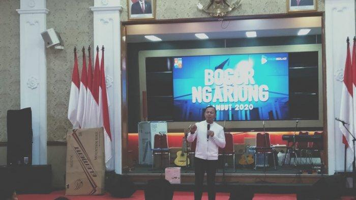 Suasana Jelang Pergantian Tahun di Balaikota Bogor, Wali Kota Bogor Ngariung Bareng Warga