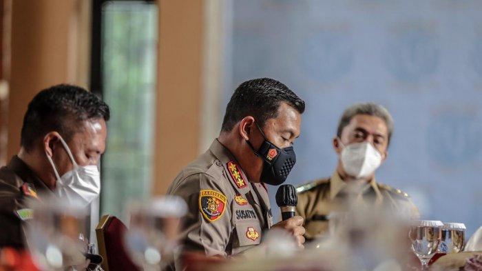 Bima Arya menyampaikan hasil pembahasan dan telah memutuskan bahwa kebijakan ganjil genap di Kota Bogor diperpanjang selama dua pekan ke depan.