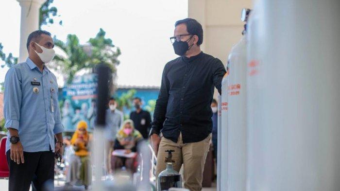 Bima Arya Terjun Langsung Awasi Distribusi Tabung Oksigen ke Rumah Warga Isoman
