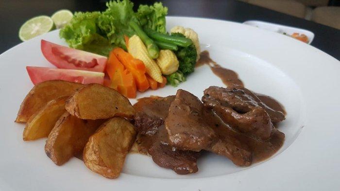 Resep Olahan Daging Kurban Praktis, Mulai dari Daging Berbumbu hingga Sate Kambing Gulung Sukiyaki