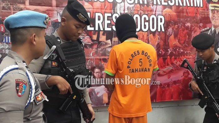 BREAKING NEWS - Bos Penambang Emas Ilegal di Bogor Ditangkap, Penghasilannya Puluhan Juta Per Bulan