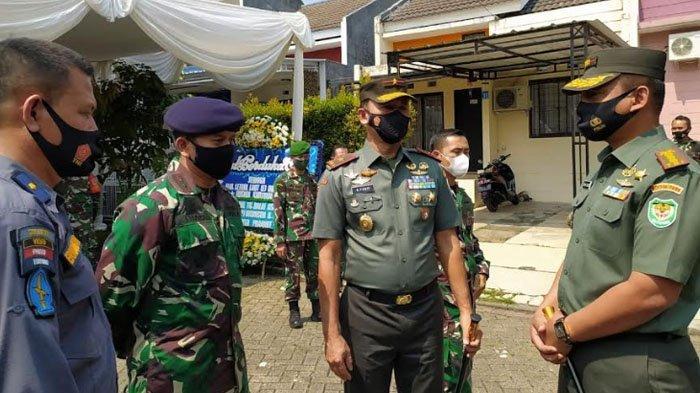 Kunjungi Rumah Letkol Laut Irfan Suri, Danrem : Penghormatan Setinggi-tingginya kepada Semua Korban