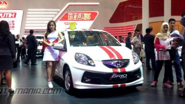 Honda Brio Satya dengan potongan harga Rp 5 juta dengan tambahan peruntungan lucky dip.