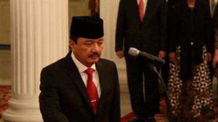 Kehadirannya dalam Pertemuan Jokowi dan Prabowo Dipertanyakan, Apa Peran Budi Gunawan ?