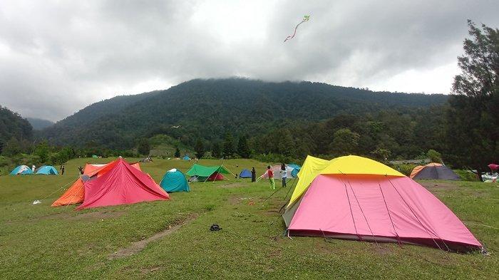 Suasana Camping Ground Bukit Golf Cibodas, Sejuk Cocok untuk Melepas Penat