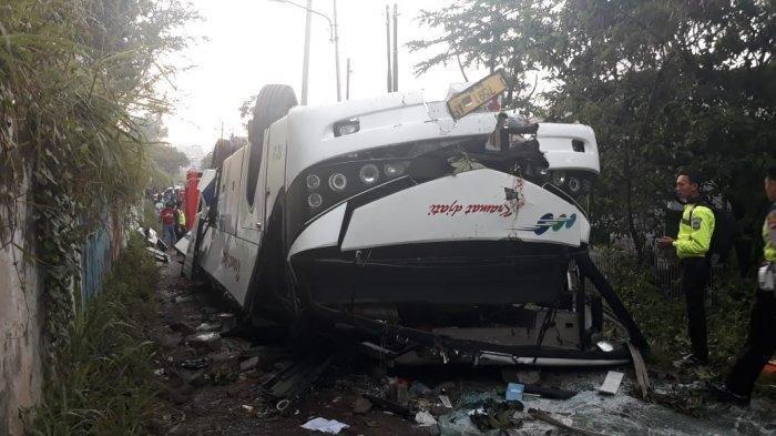 Kesaksian Korban Selamat Kecelakaan Bus Kramat Djati di Lingkar Nagreg,Korbannya Ada yang Hamil Muda