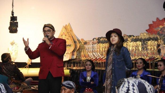 Menangkan Jokowi, Caleg Rocker dan Tina Toon Wayangan