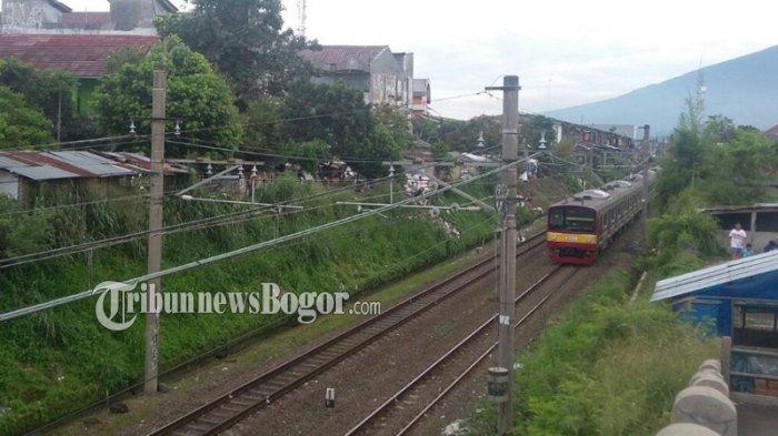 KRL Jakarta-Bogor Gangguan di Lenteng Agung, KCI Minta Maaf