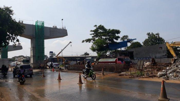 Crane yang Patah di Proyek Tol BORR Seksi IIIA Sudah Dievakuasi