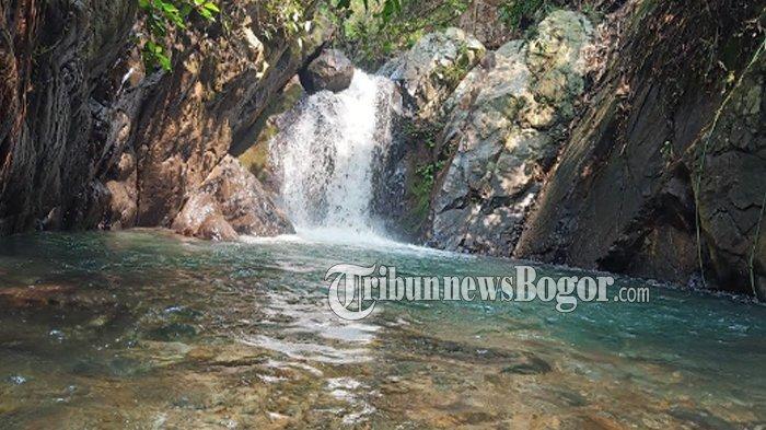 Curug Putri Kencana di Desa Karang Tengah, Kecamatan Babakan Madang, Kabupaten Bogor