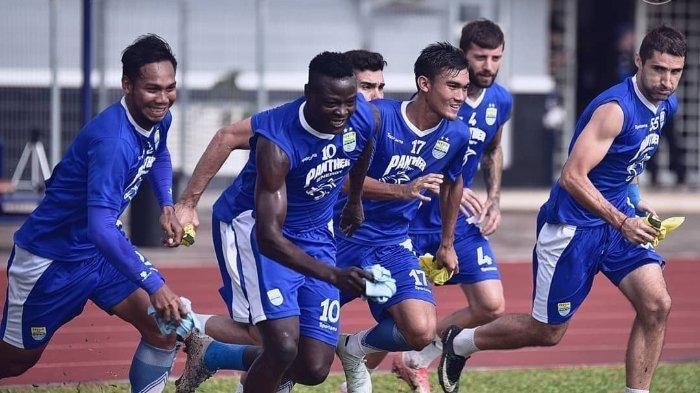 Persib Bandung Resmi Lepas 3 Pemain Asing, Ini Sosok Pengganti dan Posisinya