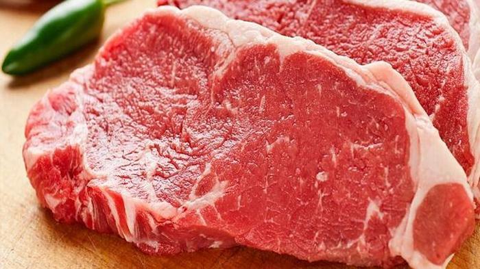 Tips Memotong Daging Kurban yang Benar Agar Empuk saat Dimasak