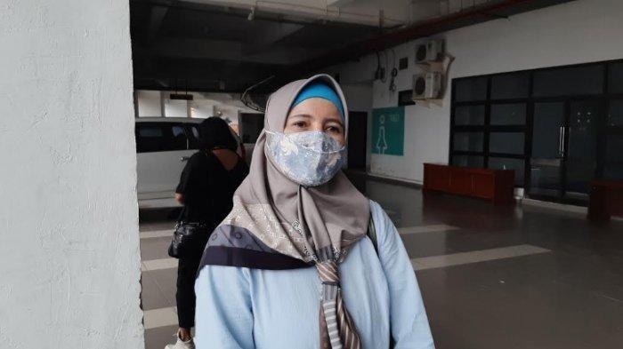 Ikut Vaksinasi Massal di Stadion Pakansari, Dahlia: Saya Tidak Takut