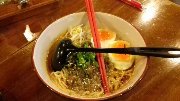 Ternyata Ini Alasan Kenapa Orang Jepang Kalau Makan Mi Diseruput