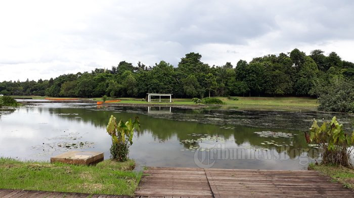 Danau Dora saat ini ditutup untuk umum, Jumat (26/1/2018)