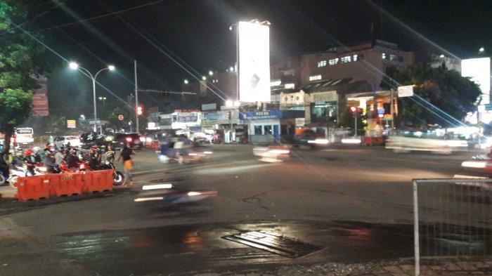Info Lalu Lintas - Arus Kendaraan di Simpang Warung Jambu Malam Ini Ramai Lancar